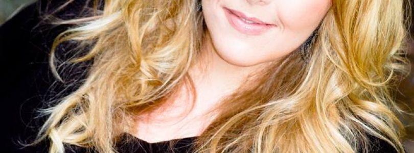 Interviu cu Angela Corbett (RO & EN)